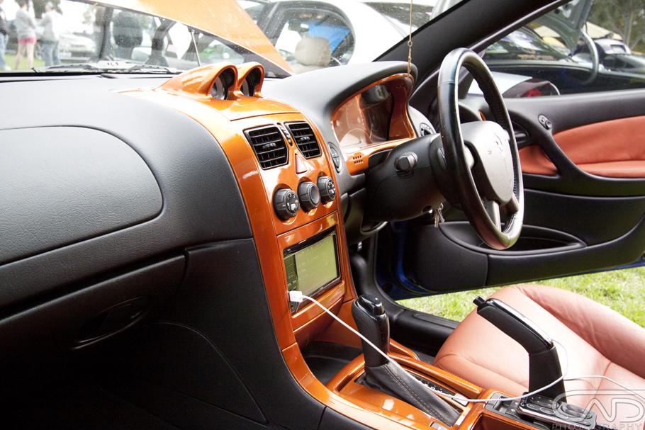 """SPIZZ VZ Commodore. 20"""" Wheels/Rims, Air Bag Suspension, Alpine Audio, Custom leather 4"""
